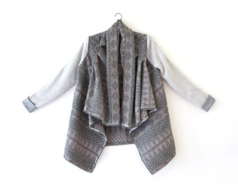 Grey Blanket Coat, Southwestern Jacket, Grey Wool Cardigan, Draped Cardigan, Oversized Cardigan, Cozy Cardigan, Geometric Print Cardigan