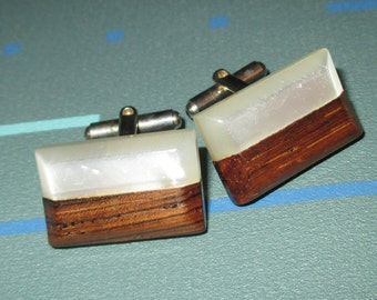 Vintage Mid Century 60s Mother of Pearl and Wood Geometric Cufflinks MOD