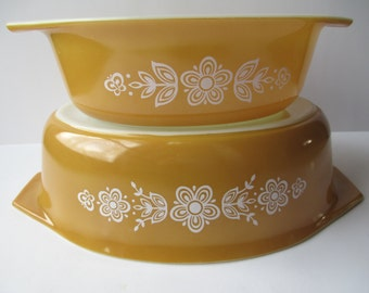 Vintage Pyrex Butterfly Gold Casserole Pair