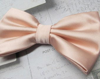 Mens Bow Tie. Pastel Peach Bow Ties. Pastel Peach Pale Apricot Bowtie With Matching Pocket Square Option.  Wedding Bow Ties