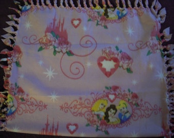 Disney Princess NoSew Fleece Blanket - Sale Priced