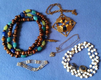 Mixed Jewelry Lot - vintage and modern jewelry, necklaces, rings, bracelet, brooch pin