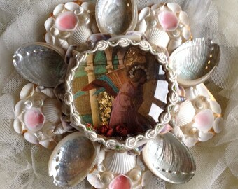 Lilygrace Sailor's Valentine Angel Gabriel Shell Picture