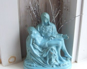 Vintage Holland Mold Ceramic Statue Pieta Mary and Jesus Michelangelo