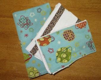 large swaddling blankets_flannel blankets_patterned planets