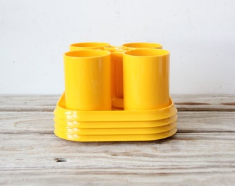 Set of 4 Heller Style Yellow Stacking Plates and Mugs