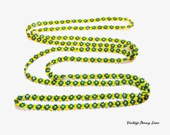Vintage Glass Beaded Necklace, Green and Yellow