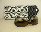 Sunglasses or Eyeglasses Padded Case MADISON Damask  in White and Black