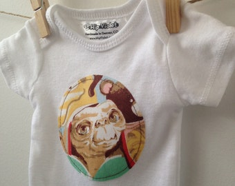 ET Baby Gift - E.T. Onesie - Vintage ET Bodysuit - 80s Baby Shower Gift - Gender Neutral Onesie - Available in newborn, 3m, 6m, 9m and 12m