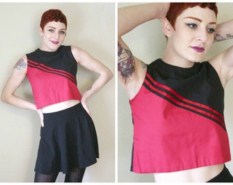 60s Cheerleader Crop Top / Health Goth Riot Grrrl Athletic Sporty Soft Grunge Striped Red Black Cheerleading Tank / Size XS/S Extra Small