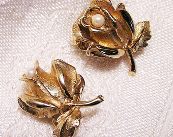 Vintage Boucher Rose Leaf and Pearl Earrings  Signed Collectible (J28)