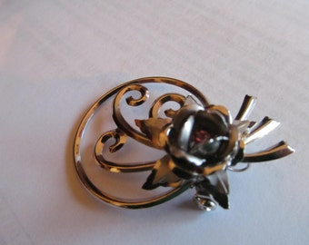 rose abstract brooch