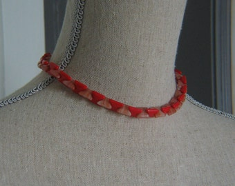 Vintage Czechoslovakia Red and Tan Swirled Glass Necklace