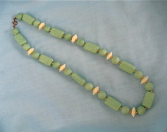 Vintage Sea Foam Green Necklace
