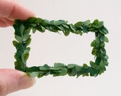 Rectangle Modern Wreath Green 1:12 Dollhouse Miniatures Inch Scale Artisan