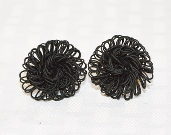 Clearance 1950s Vintage Black Looped Braid Screw Back Earrings