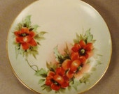 PLATE POPPIES NIPPON signed by artist Porcelain flower handpainted  6  inches diameter Japan