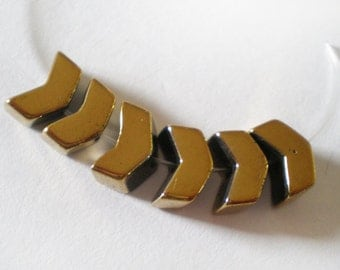 10pcs Fancy Golden small Arrow V shape Hematite stone bead