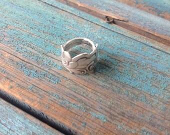 Sterling Silver Spoon Ring Ornate Lovely Floral Wave Pattern Size 7 OOAK Artisa