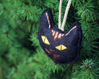 Felt Striped Cat Ornament, Embroidered Cat Head Christmas Ornament for Cat Lady or Pet Lover, Tortoiseshell Cat Handmade by OrdinaryMommy