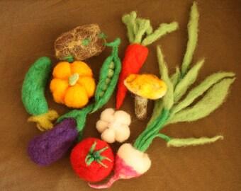 Needlefelted set of 10 Waldorf Vegetables, play food, pretend veggies, soup set, turnip, mushroom, peas, pea-pods, tomatos, crops, farming