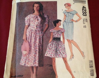 What a Great Neckline - Vintage McCalls Pattern 4233