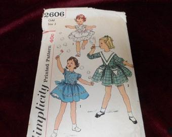 Vintage Simplicity 2602 Grils Dress Pattern Size 2