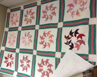 Flying swallows quilt