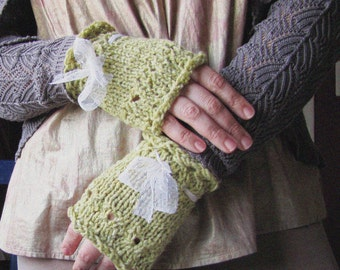 Green Tea Gloves