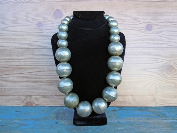 Vintage 1980 Retro Super Chunky Necklace Large Metal Beads Statement Piece Grey Gray Silver Tone