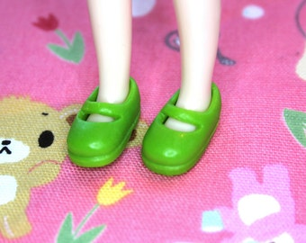 Middie Blythe Light Pea Green Mary Jane shoes