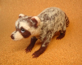 Rascal the Raccoon Needle Felt, Chocolate