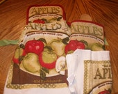 Apples Themed Pot Holder Topped Kitchen Towel Set