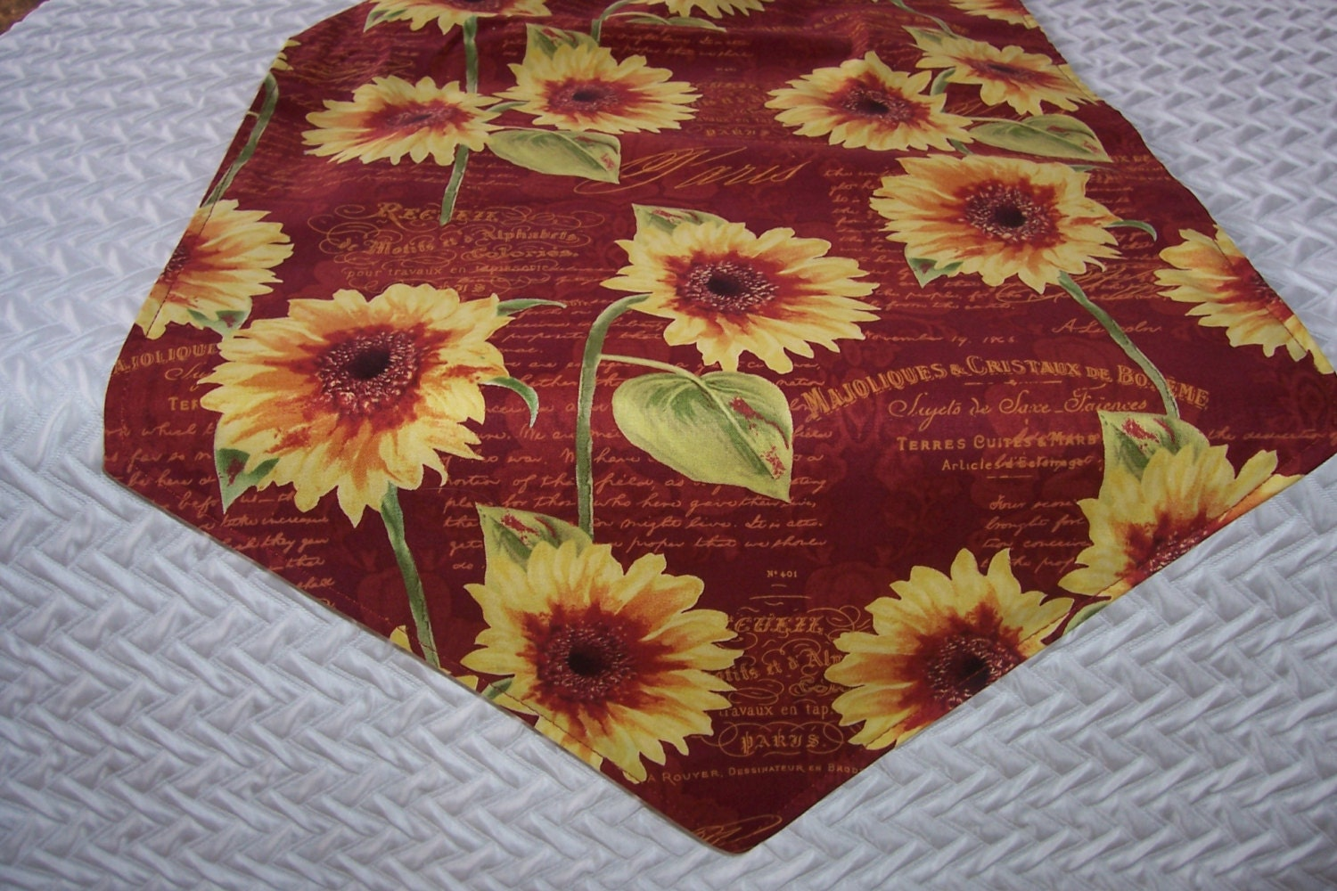 small table runner french sunflowers 36 inch fabric runner. Black Bedroom Furniture Sets. Home Design Ideas