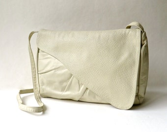 Slouchy vintage Ruched Cream Leather Purse with Reptile Embossed Flap
