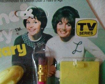 Vintage Laverne & Shirley Secretary Set TV Series Toy 1970s Mint on Card Penny Marshall and Cindy Williams
