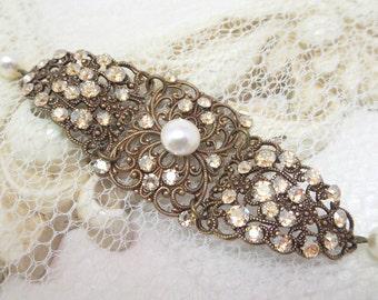 Wedding bracelet, Cuff Bridal bracelet, Wedding jewelry, Swarovski crystal bracelet, Filigree bracelet, Pearl bracelet, Vintage bracelet