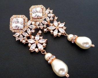 Rose Gold Bridal earrings, Wedding earrings, Wedding jewelry, Rose Gold jewelry, Crystal earrings, Pearl drop earrings, Chandelier earrings