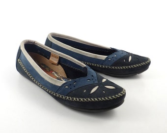 Hush Puppies Moccasins Vintage 1980s Leather Blue Shoes Women's size 7 1/2