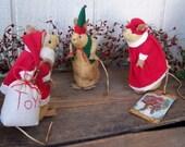 PrImItIvE FoLkArT Christmas  Mice Trio Gathering Santa Clause, Mrs. Santa, Elf  Mouse Miniature Soft Sculpture Set ofg hafair faap