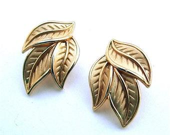 TRIFARI Three Gold Tone Leaves Signed Designer Jewelry