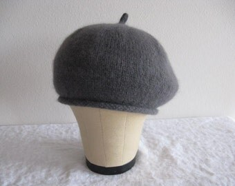 Angora and Merino Wool Beret. Hand Knit Hat in Gray. Size Average to Large. Accessories.