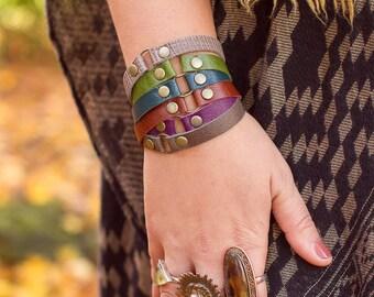 Leather Stackable Bracelet - Friendship Bracelet - Stacking Bracelet - Leather Bracelet - Thin Bracelet - Dainty Bracelet - Circle Bracelet
