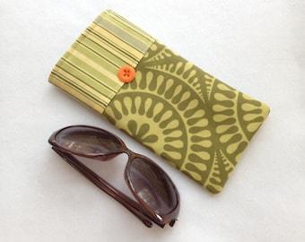Sunglasses Case, large size glasses sleeve, olive green cotton,  eyeglass cozy, soft case, gift for women, grandma, sister, white elephant