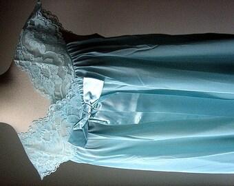 Vintage BUT UNUSED Dress Slip Negligee Gown Peignoir Full Lawn Tea Length 34 NEW