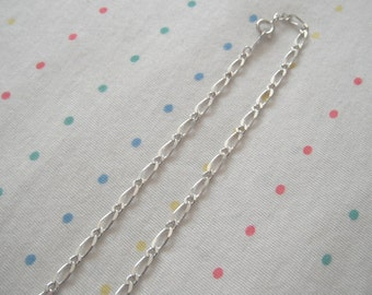 "Silver Plated Metal Necklace Chains, 7 mm x 3 mm Links, 18"" Length (10)"