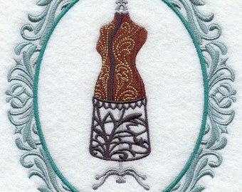 CRAFTY CAMEO - DRESS Form- Machine Embroidered Quilt Block (AzEB)