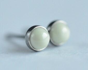 lemon chrysoprase 4mm sterling silver stud earrings pair