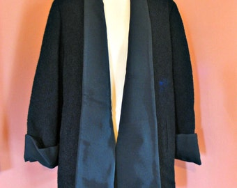 Rsvd Vintage 40's swing jacket black boucle wool ribbed shawl style collar wide curved cuffs mint condition 44 Bust