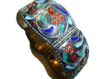 Vintage Five Panel Silver Bracelet with Folk Art Enamel.  Marked 1000.